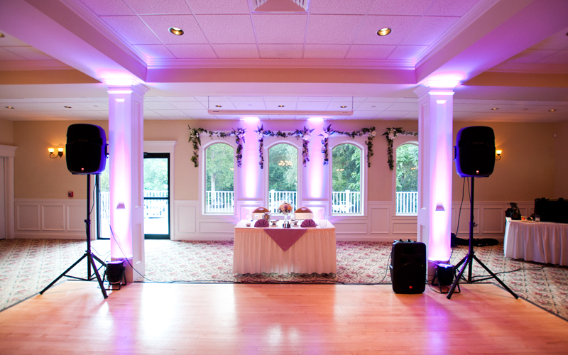 Beautiful Uplighting for Head Table